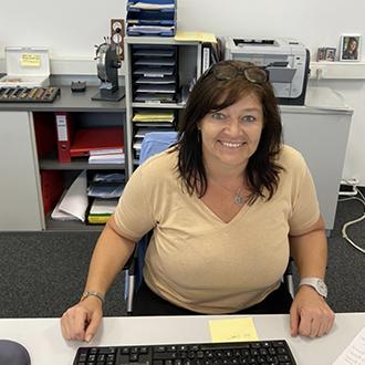 VAAJ | Mitarbeiter Elfriede